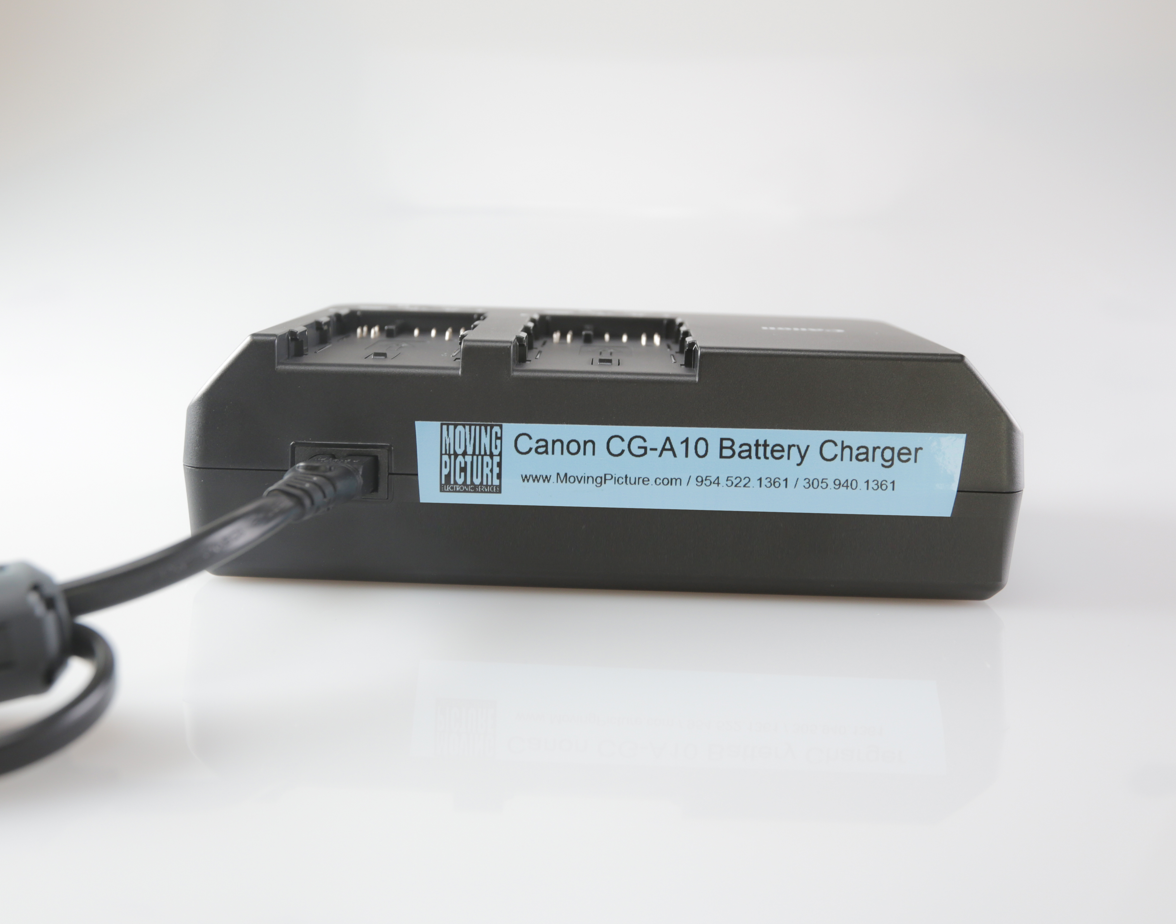 CG-A10 Battery Charger